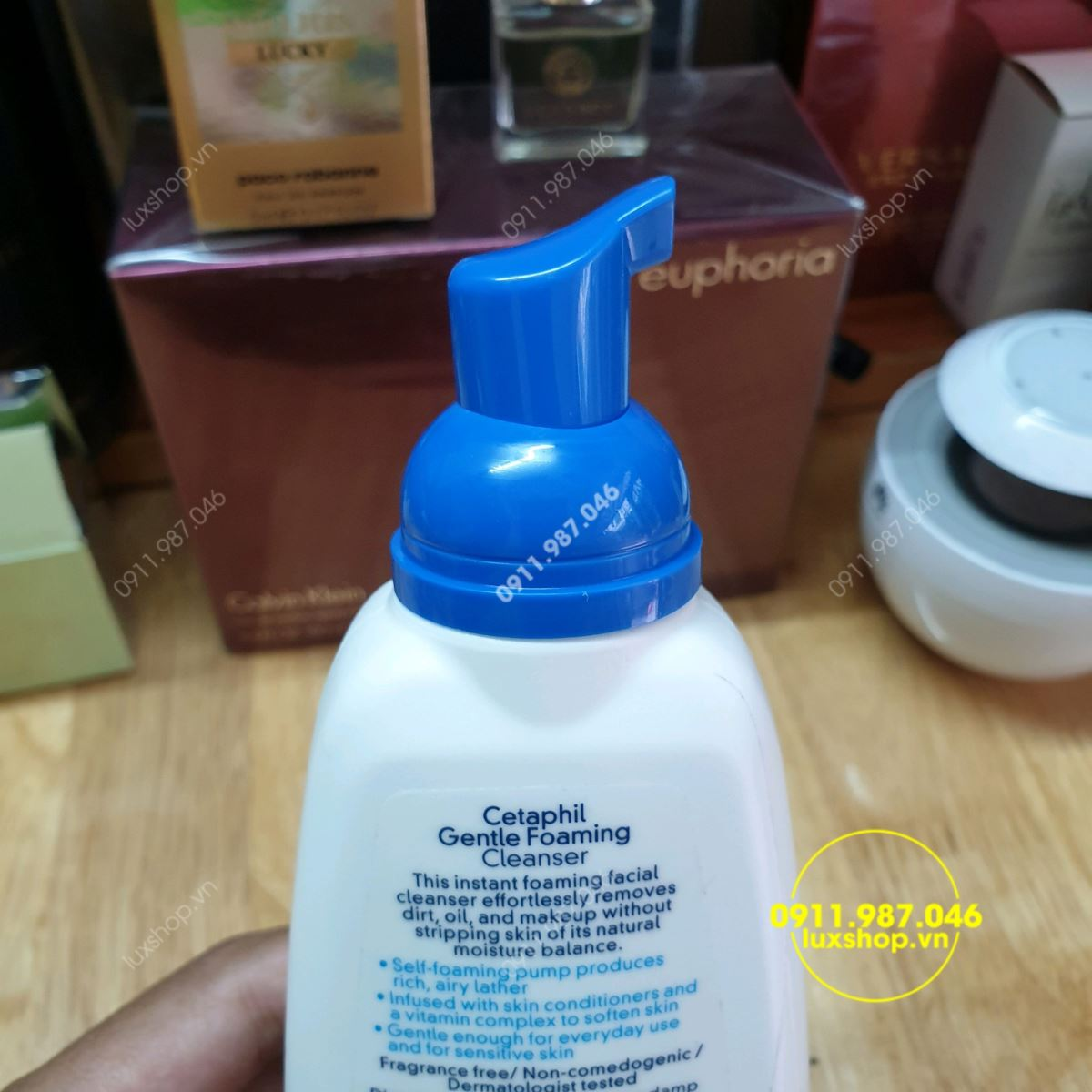 Cetaphil Gentle Foaming Cleanser 236ml - luxshop.vn