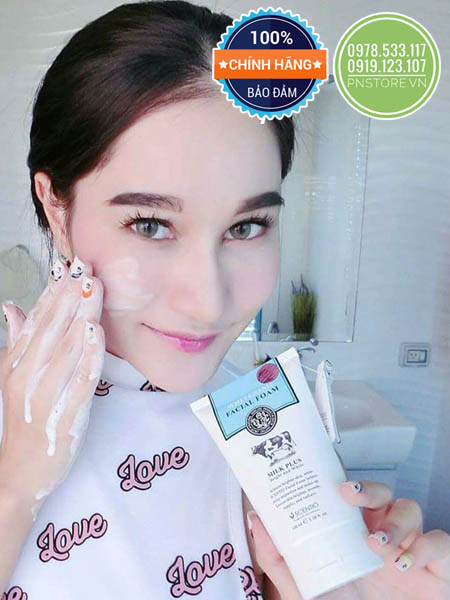 Sữa rửa mặt Beauty Buffet Scentio Milk Plus Whitening Facial Foam Q10 (Thái Lan)